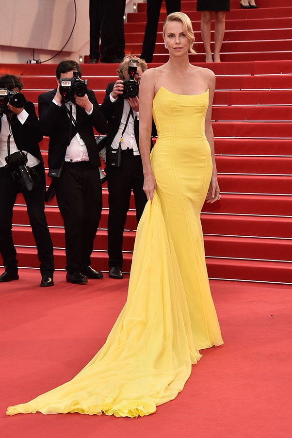 <strong>CHRISTIAN DIOR</strong><BR><BR> Charlize Theron at Cannes