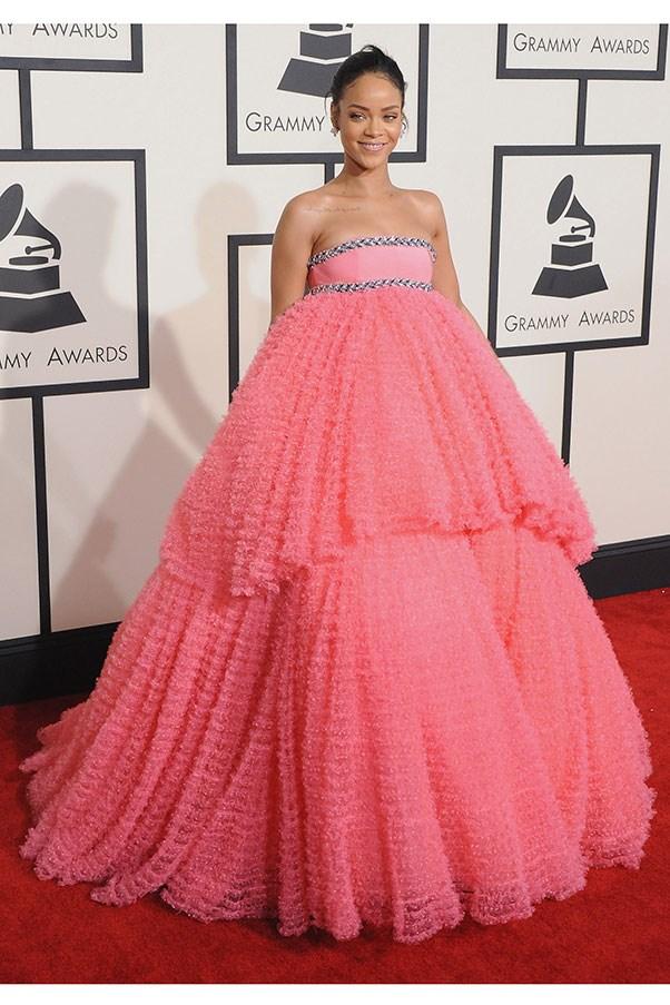 <strong>GIAMBATTISTA VALLI</strong><BR><BR> Rihanna at the Grammys