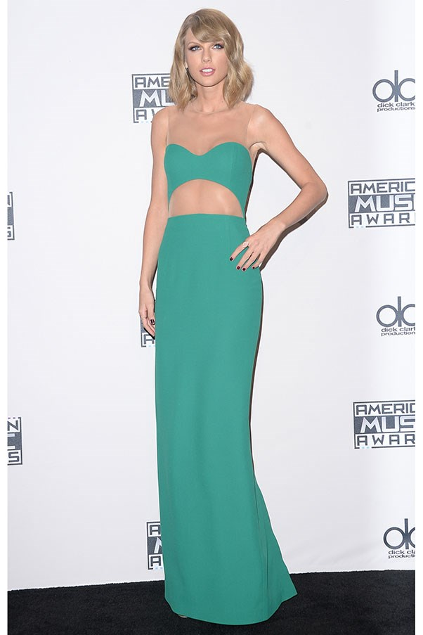 <strong>MICHAEL KORS</strong><BR><BR> Taylor Swift at the American Music Awards