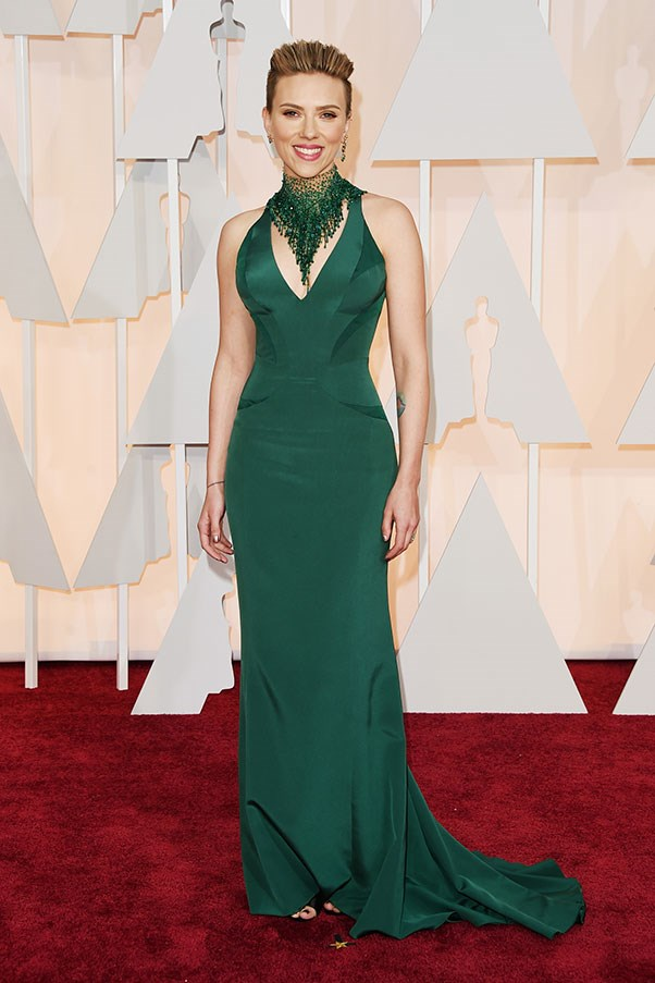 <strong>VERSACE</strong><BR><BR> Scarlett Johansson at the Academy Awards