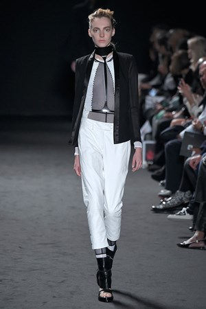 Ann Demeulemeester spring summer 2016 New York fashion week show