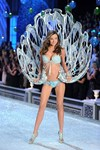 the most iconic victorias secret fashion show moments ever