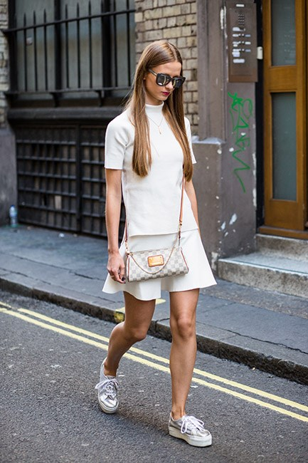 Adding a flatform sneaker lends a fashion vibe to this preppy-cool look.