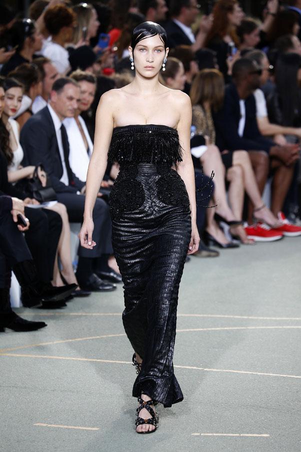 Bella Hadid Kendall Jenner Walk Givenchy Menswear : Harper ...