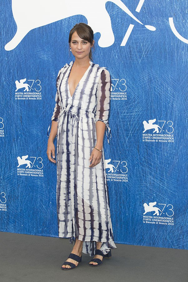 Alicia Vikander at a photo call for <em>The Light Between Two Oceans</em>