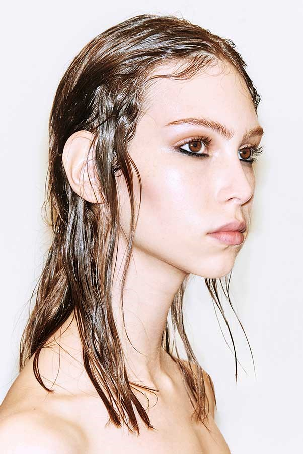 Sure, the Olsen-favoured 'wet hair' look has been making its rounds at fashion week for a while now - but it's having a major moment during spring '17. Here, a step-by-step guide to pulling it off, courtesy of  Redken's global artist John Pulitano.