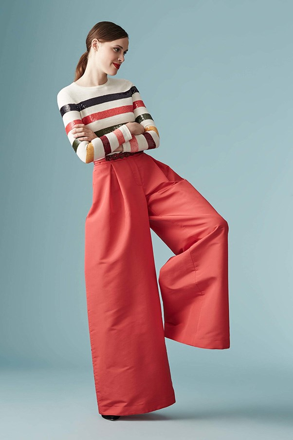 <strong>Horizontal Knitted Striped</strong><br><br> Carolina Herrera