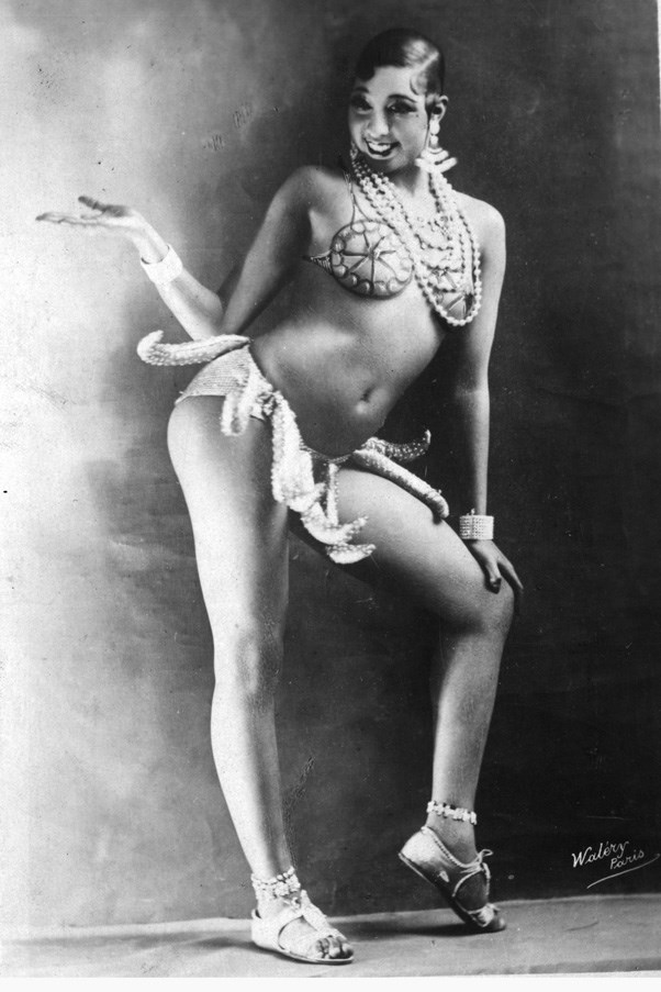<strong>JOSEPHINE BAKER</strong> <br><br> So technically not a dress, but Josephine Baker's banana girdle from her famed 'banana dance' caused her to become an overnight sensation when she moved to Paris in the 1920s.