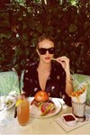 Rosie Huntington-Whitley eating