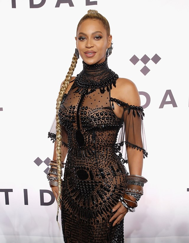 "Beyoncé <a href=""http://www.harpersbazaar.com.au/news/celebrity-tracker/2017/2/beyonce-jay-z-pregnant-with-twins/"">announced in early February</a> that she was expecting twins (!) with husband Jay Z, with a very creative Instagram announcement. The new additions will join Blue Ivy, five."