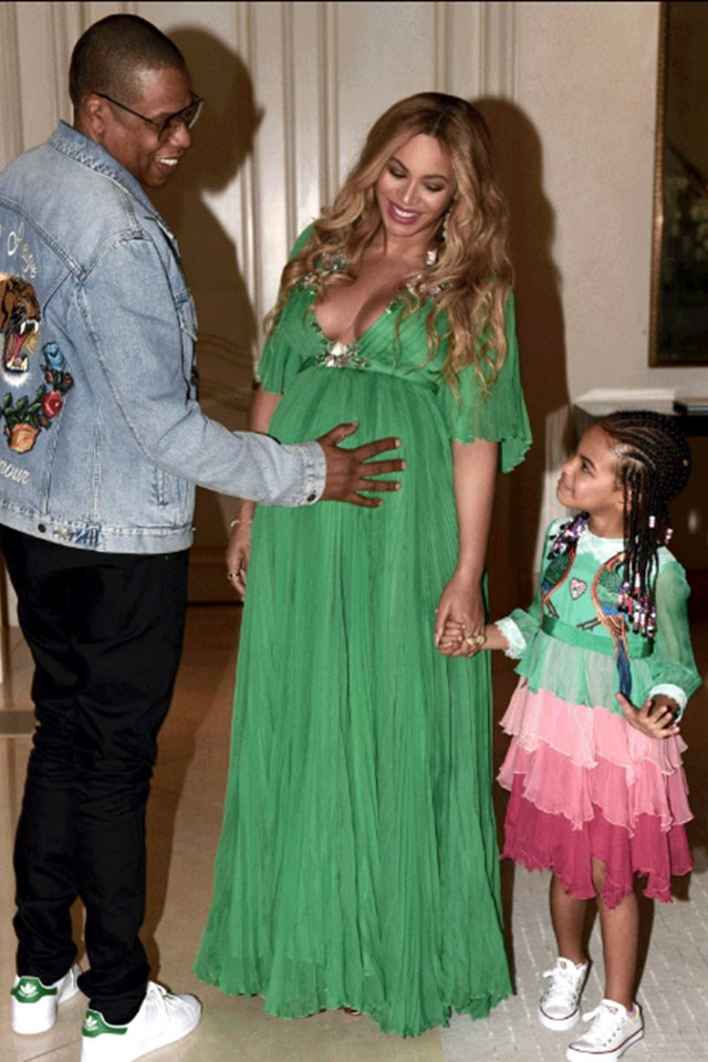 The Best Celebrity Maternity Looks of All Time