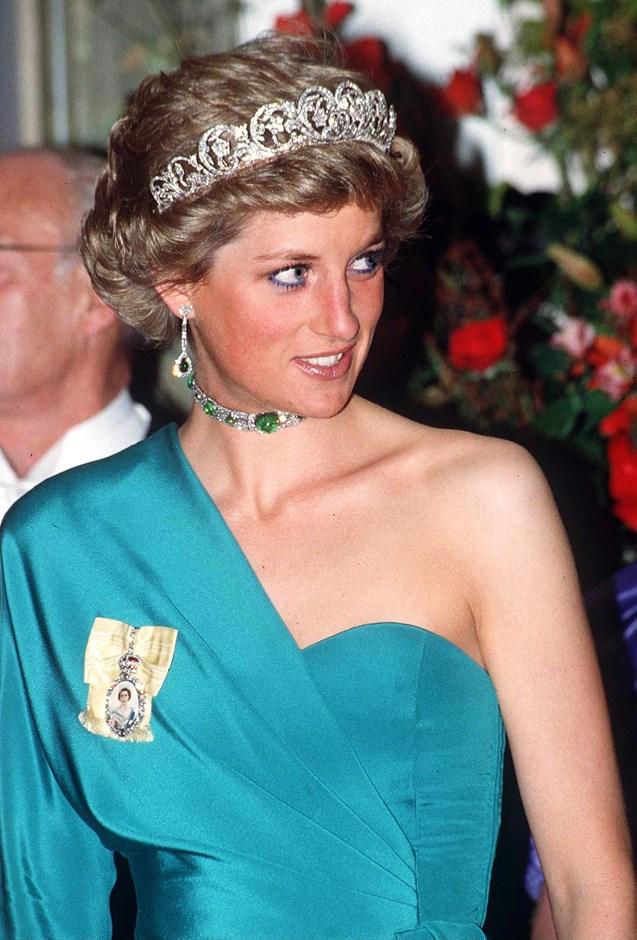 Wearing the Spencer Tiara in 1988.