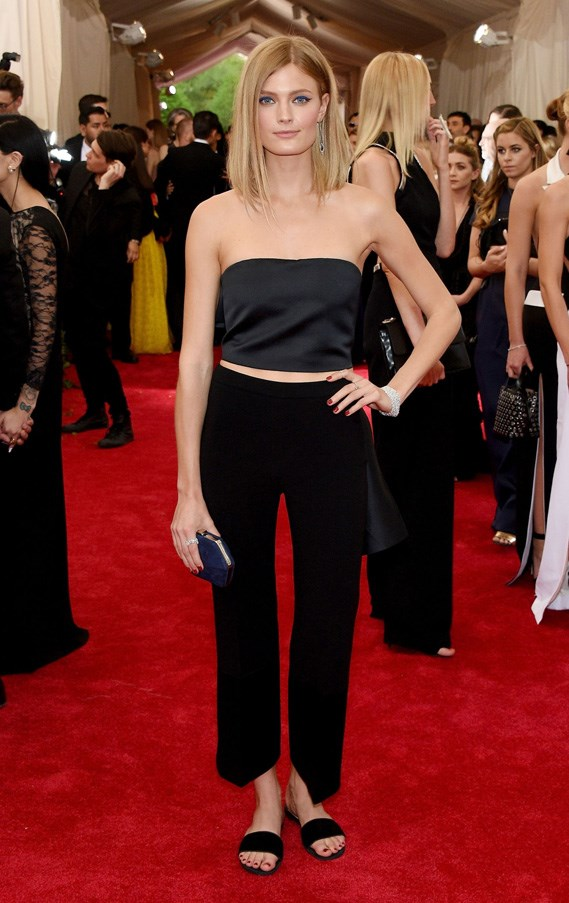 <strong>2015</strong> <br><br> When Constance Jablonski wore flat slides and simple black separates for the most '90s minimalist look of the night.