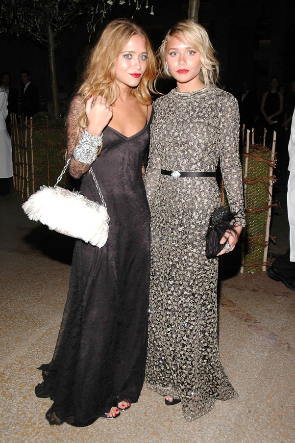 <strong>2006</strong> <br><br> When they both wore bold red lipstick and Badgley Mischka dresses.