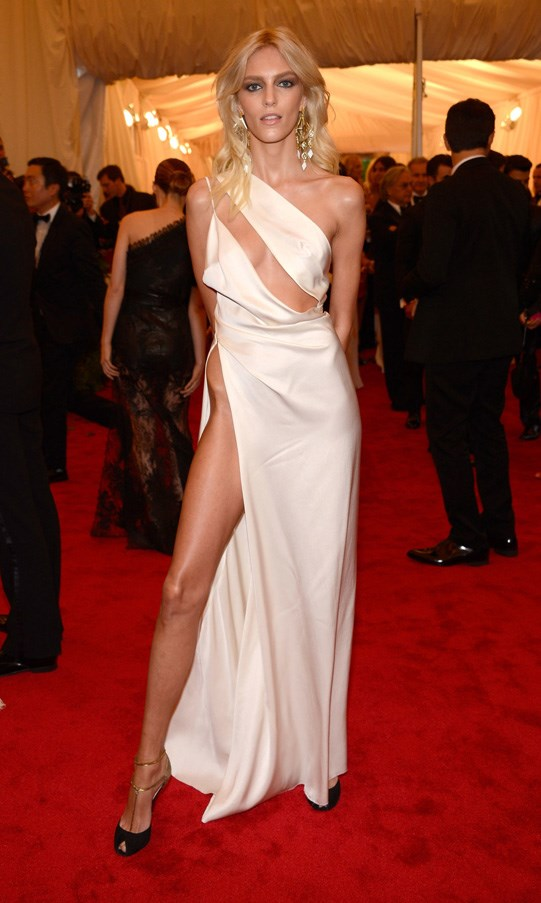 <strong>2012</strong> <br><br> When Anja Rubik showed off her stems in a sexy Anthony Vaccarello dress.