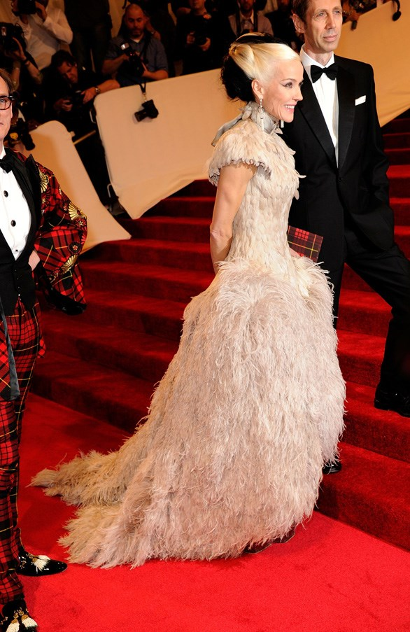 <strong>2011</strong> <br><br> When Daphne Guinness showed up in a fully feathered Alexander McQueen gown.