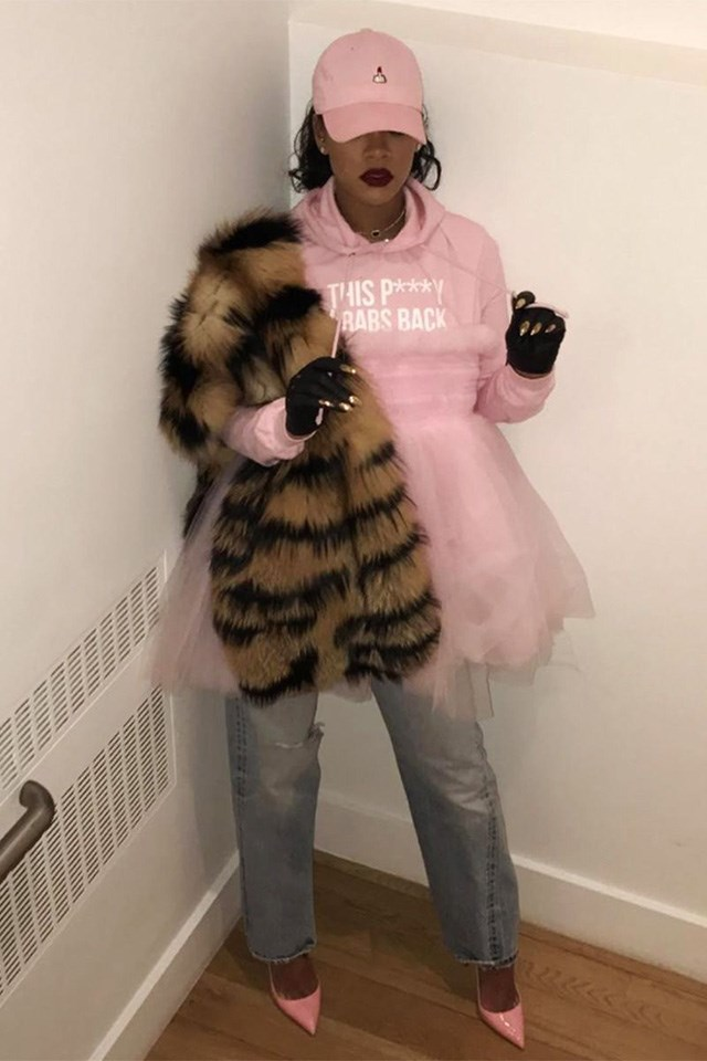 """<strong>When:</strong> January 21 2017 <br><br> <strong>What:</strong> A pink """"This P***y Grabs Back* hoodie for the Women's March in New York City. <br><br> Image: <a href=""""https://www.instagram.com/badgalriri/?hl=en"""">Instagram</a>"""