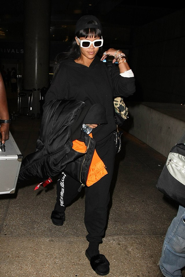 <strong>When:</strong> 24 April 2017 <br><br> <strong>What:</strong> Off-White/Virgil Abloh sweatpants, RAEN sunglasses, and FentyxPuma slides at LAX Airport.