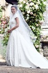 Giles Deacon Pippa Middleton wedding dress designer