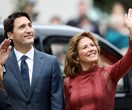 13 Photos Of Justin Trudeau Passionately Kissing His Wife Instead Of You