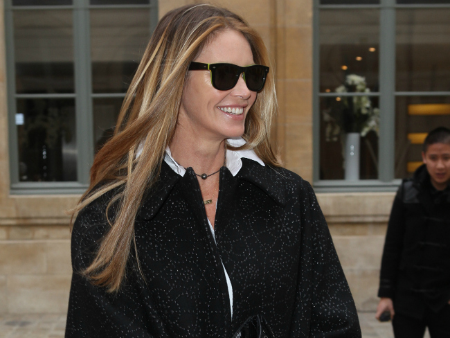 Elle Macpherson to become a mum at 51