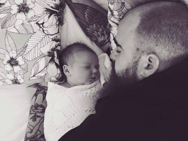 New Dad: Lessons From a New Father About Life With a Newborn