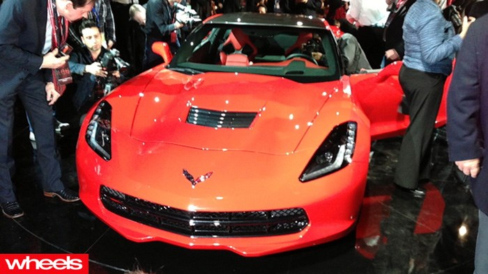 2014 Corvette C7, stingray, GM, detroit motor show 2013, wheels magazine, pictures, unveiling, video, official