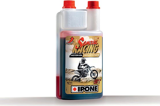 Two-strokes - using the right oil-to-fuel mixture