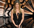 Jennifer Aniston breaks down at the 2017 Oscars