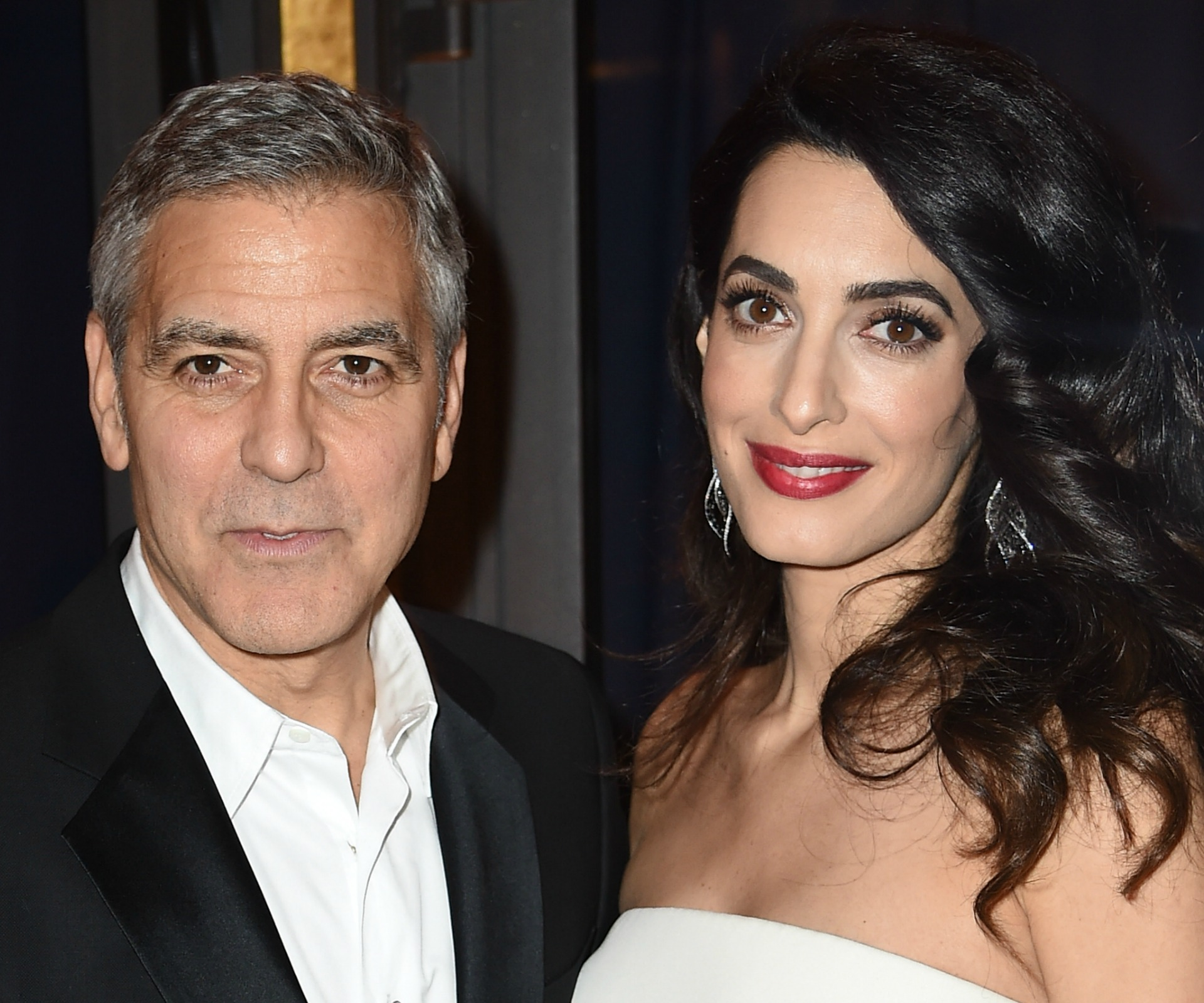 Clooney Foundation to open schools for Syrian refugees