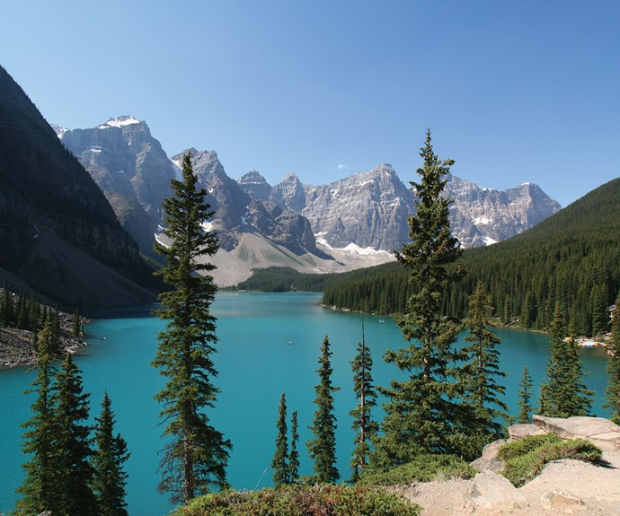 travel canada lake moraine
