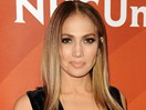 This is what Jennifer Lopez does before every concert