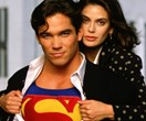 The man with the cape is back! Dean Cain & Teri Hatcher reunite on the Harbour Bridge