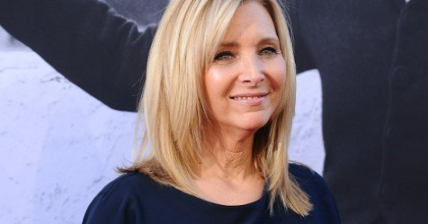 "Lisa Kudrow is in ""serious talks"" with 'Friends' co-creator Marta Kauffman about a spinoff"