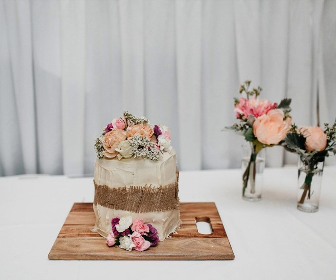 wedding cake hero