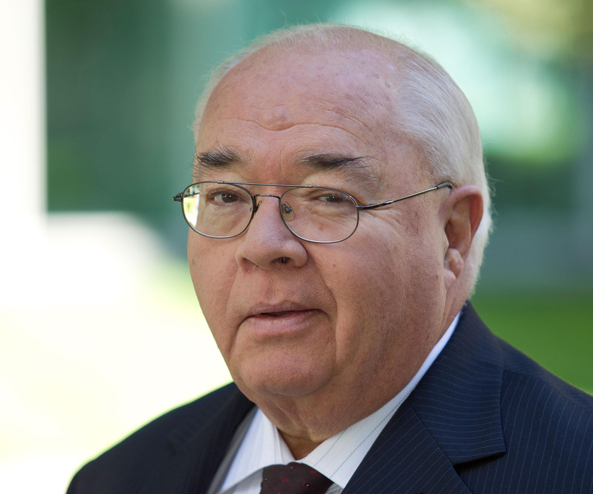 'It's time': Political reporter Oakes announces retirement