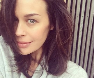 """""""It needs to be accepted"""": Megan Gale shares a powerful message in support of public breastfeeding"""