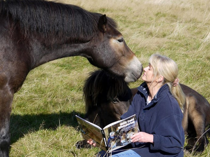 We want this wild pony whisperer's life