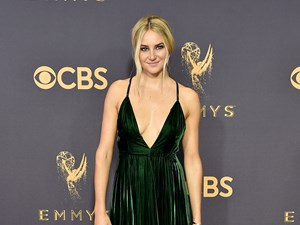 Shailene Woodley shames people watching TV from the Emmys red carpet because 'she's a reader'