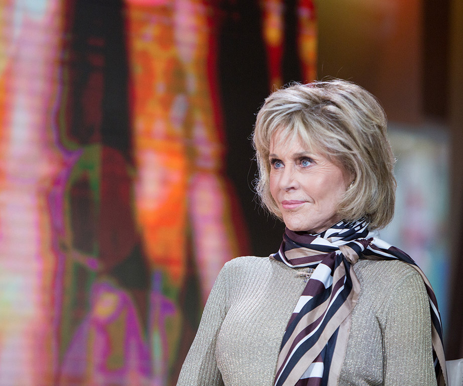 Jane Fonda checks Megyn Kelly, bluntly shuts down question about plastic surgery