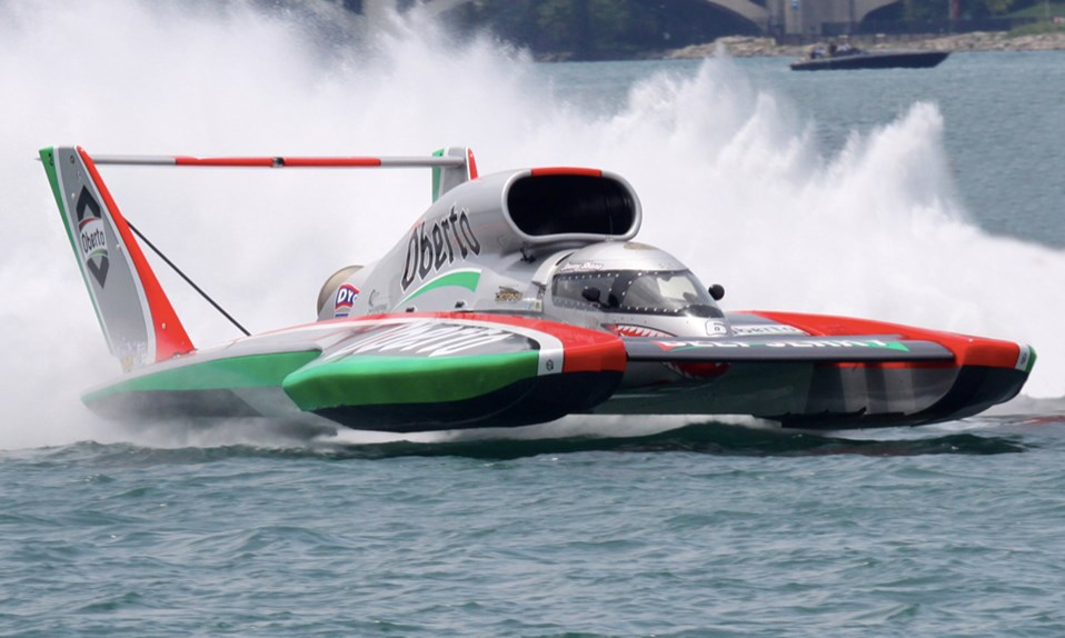 The world's fastest race boat | Top Gear Fastest Speedboat In The World