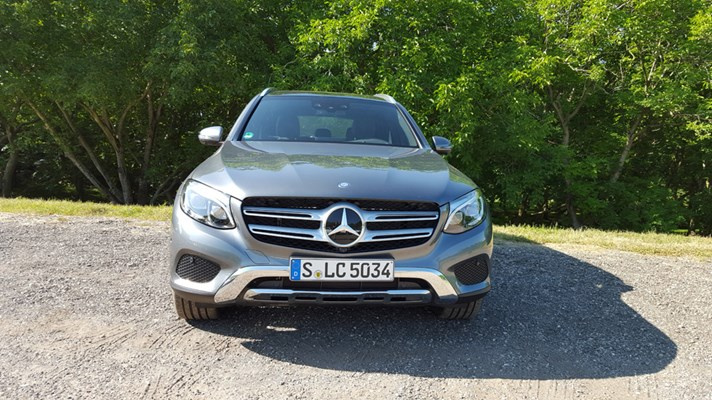 Mercedes benz gl220 top gear for Mercedes benz glc 400