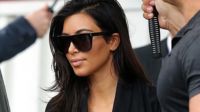Kim Kardashian arrives in Australia to launch her new fragrance!