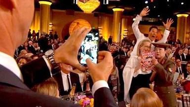 Benedict Cumberbatch photobombs Meryl Streep at Golden Globes