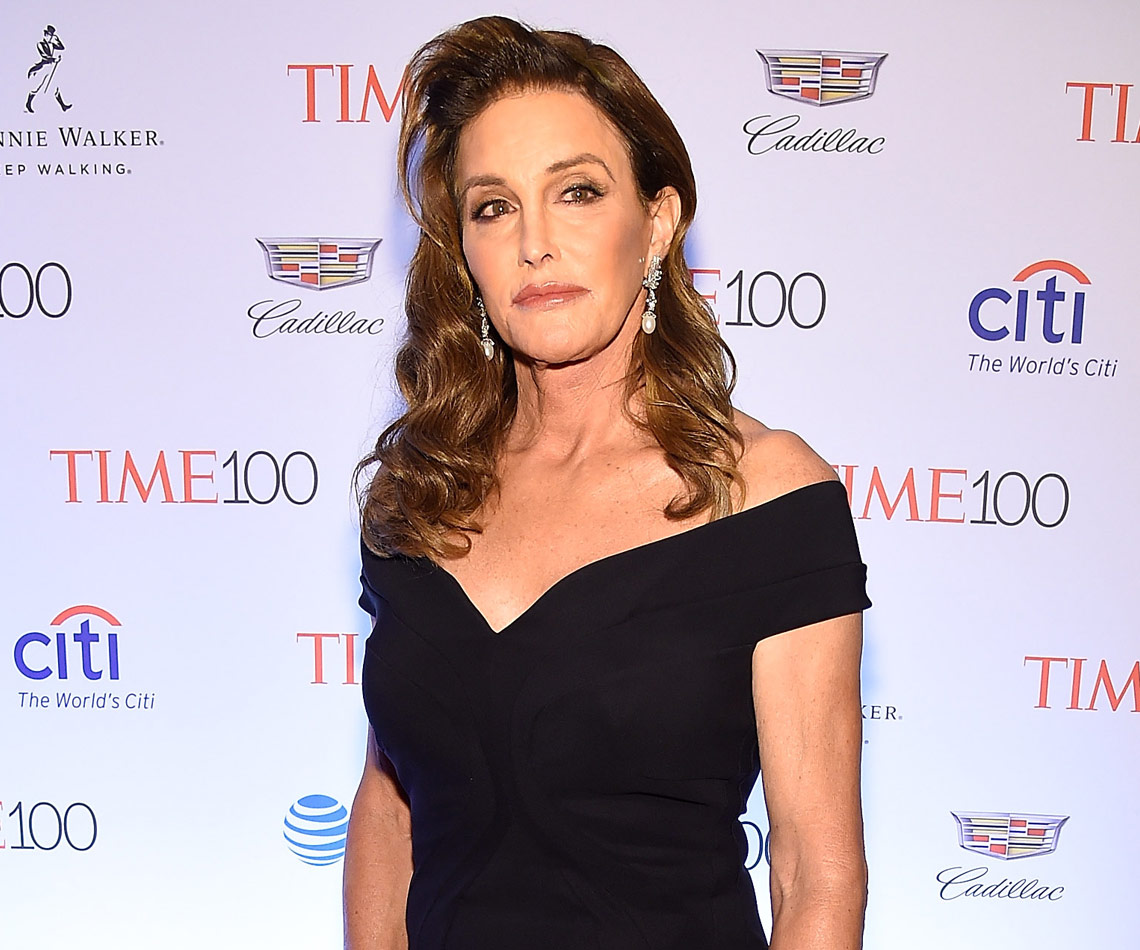 Caitlyn Jenner considering transitioning back to a man?