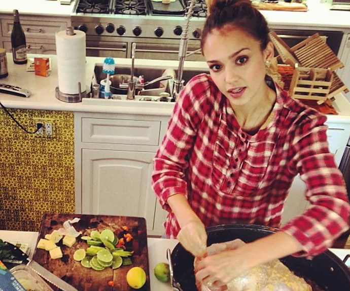 Jessica Alba cooking