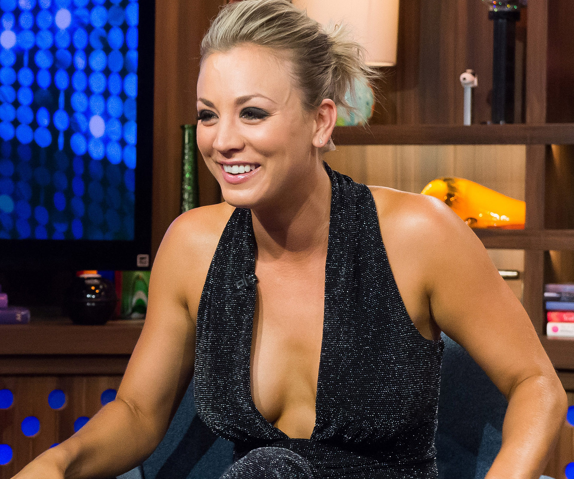 Kaley Cuoco Bares Her Breast In Goofy Snapchat Photo