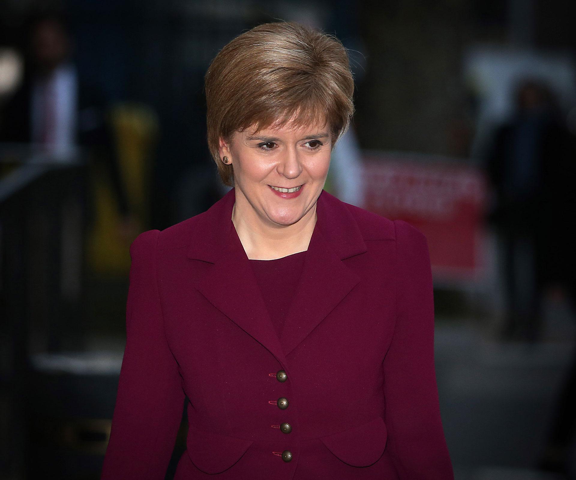 ''chères collègues, do not let Scotland down now!