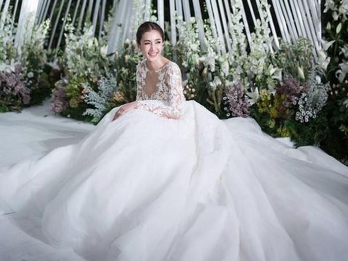 bride seven wedding dresses