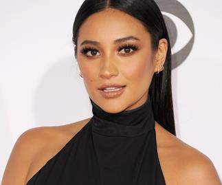 Shay Mitchell x Smashbox launch 7 eyeshadow palettes